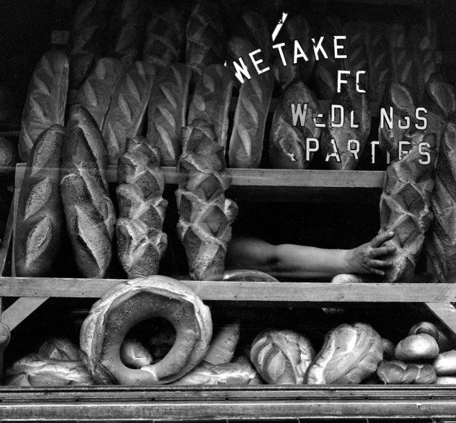 Italian Bakery © Martin Elkort