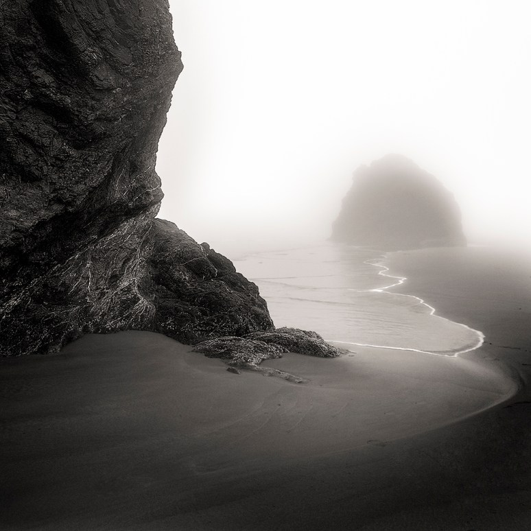Surfline, Oregon, 2013 © Matthew Vogt