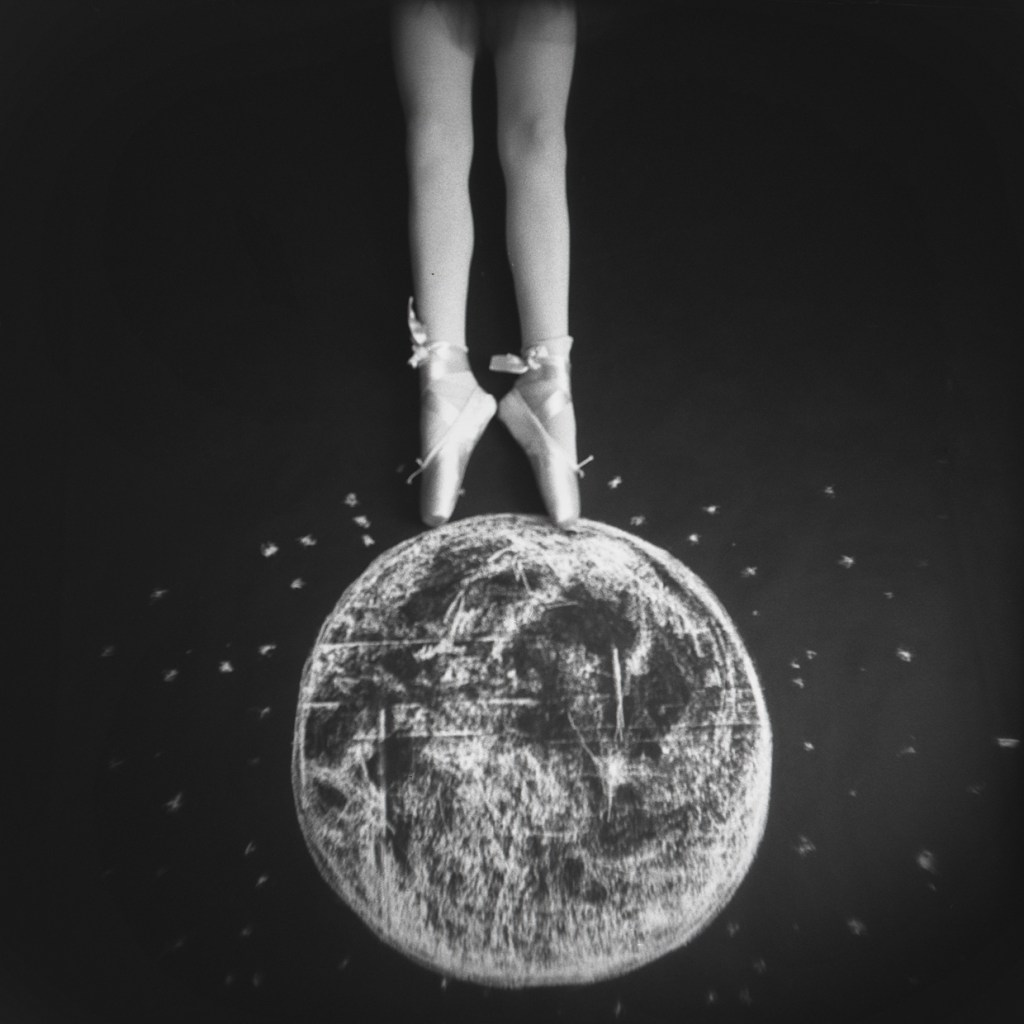 Balancing on the Moon © Laura Burlton