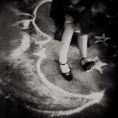 Dancing on the Moon © Laura Burlton