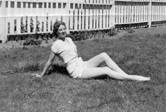 Pearl Ann Parsons Miller / Patricia Bender