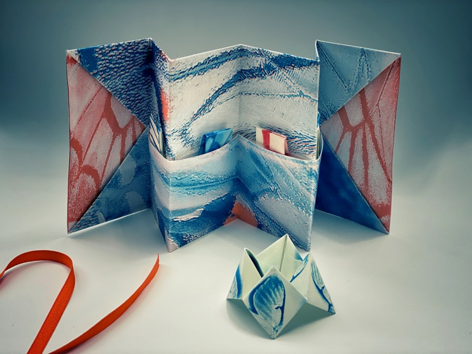 Butterfly Wing, Tricolor Gum, pocket accordion book © Diana Bloomfield