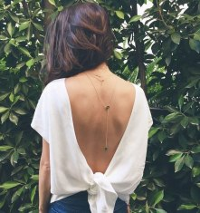 camisa-decote-costas-colar-minimal-street-style