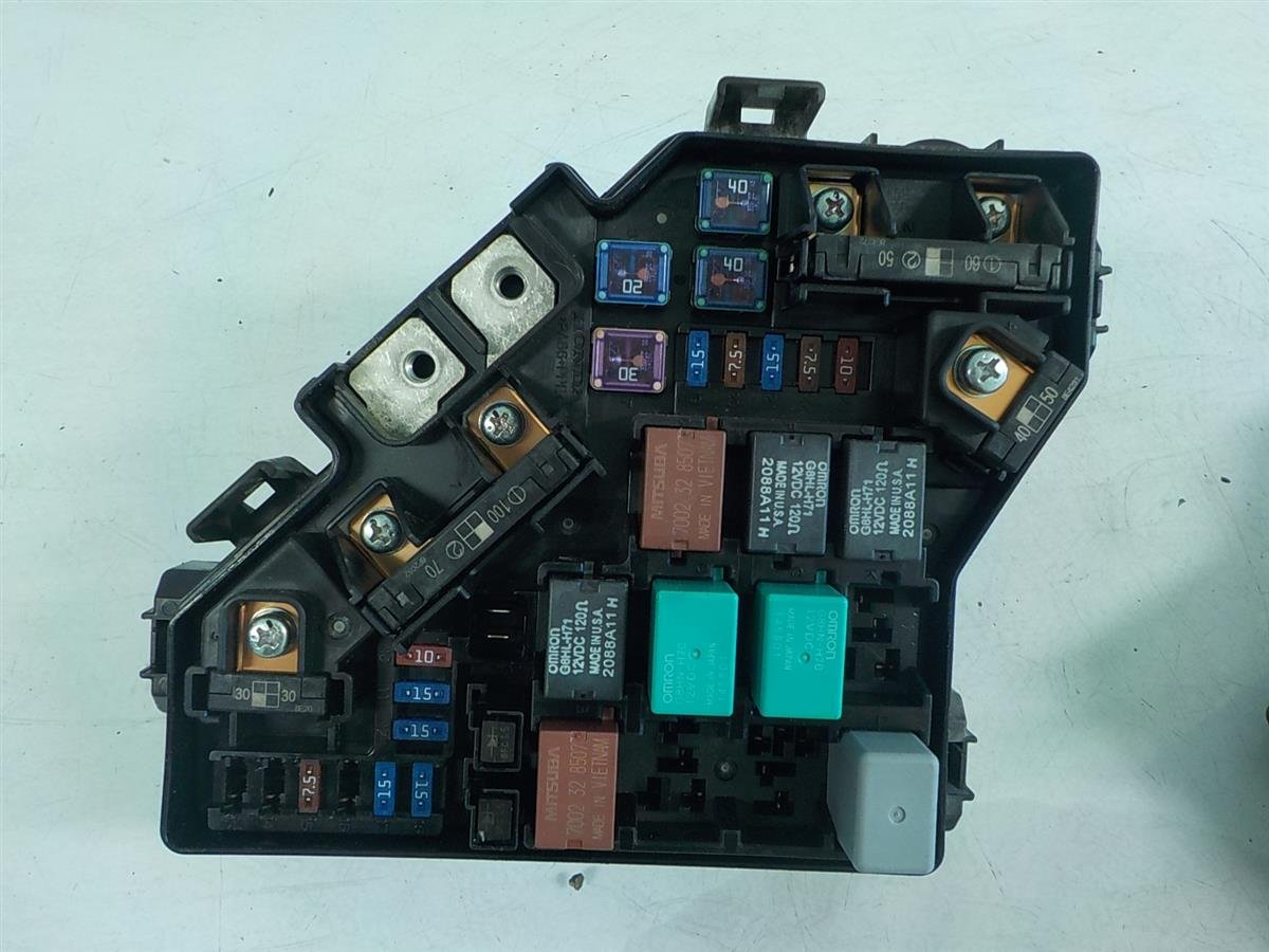 hight resolution of 2009 honda civic engine fuse box replacement