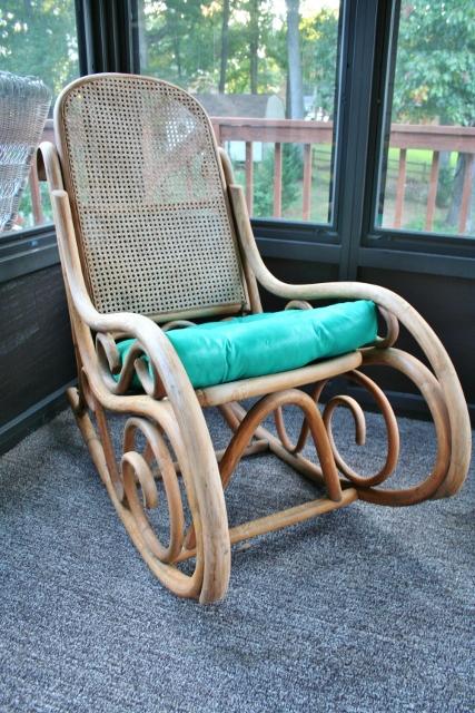 Painting a Chair Cushion