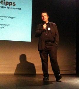 Darren Cooper moderiert den Webmontag