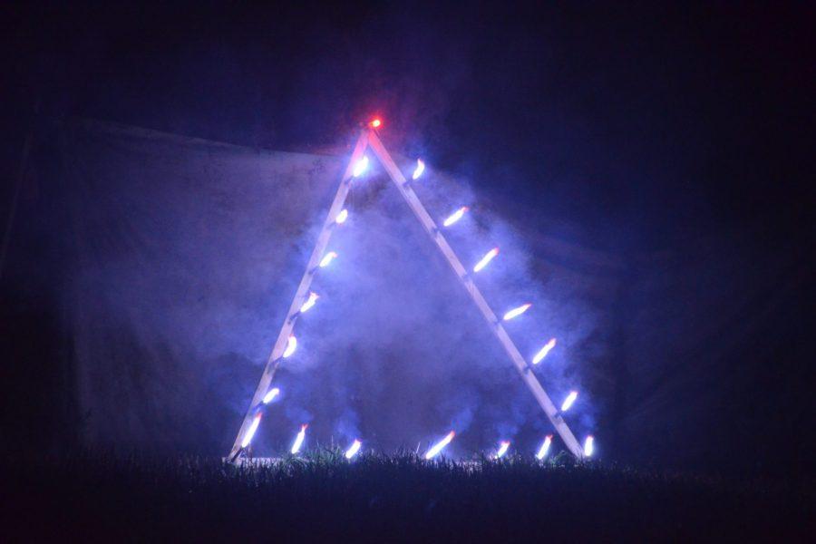 50JHobel – Feuerwerk Symbolisches Fenster