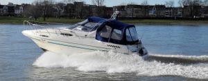 Neue Sportbootführerscheinverordnung 2017 - Motorbootausbildung auf dem Rhein bei Düsseldorf