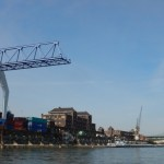 Container Ladebrücke