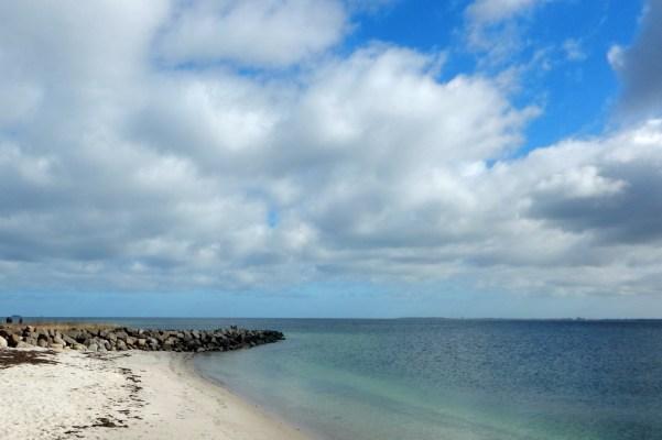 Strand beim Yachthafen Strande