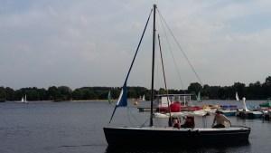 Ein neuer Polyvalk am Unterbacher See - Die Überführungscrew