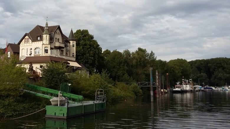 Café Hafenschlösschen - Mondorfer Hafen