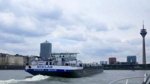 Am ersten Mai 2018 mit der Motoryacht auf dem Rhein