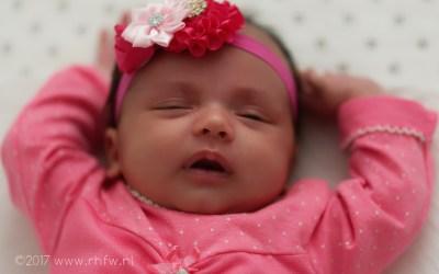 Babyshoot Amisha Jasmien