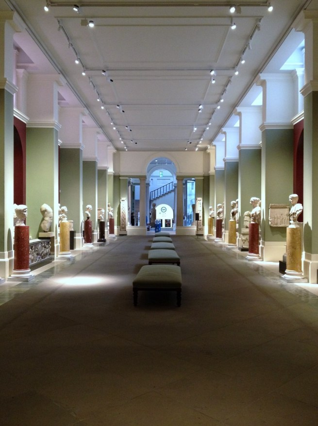 cast gallery view
