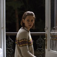 Review: Personal Shopper, souls of the dead