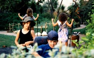 Bonnington-garden3