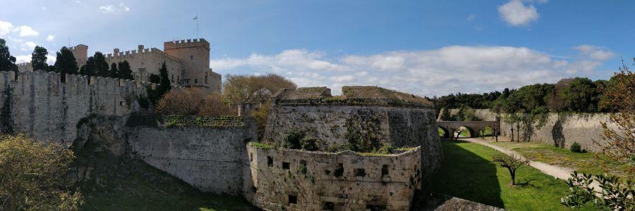 Balade n°1 : Tour des remparts de Rhodes.