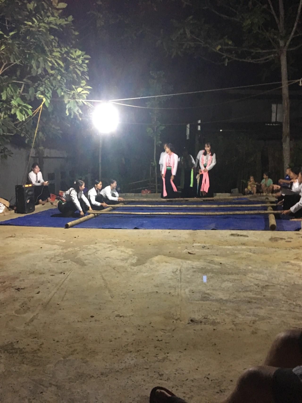 Traditional dancing at Da Bac homestay