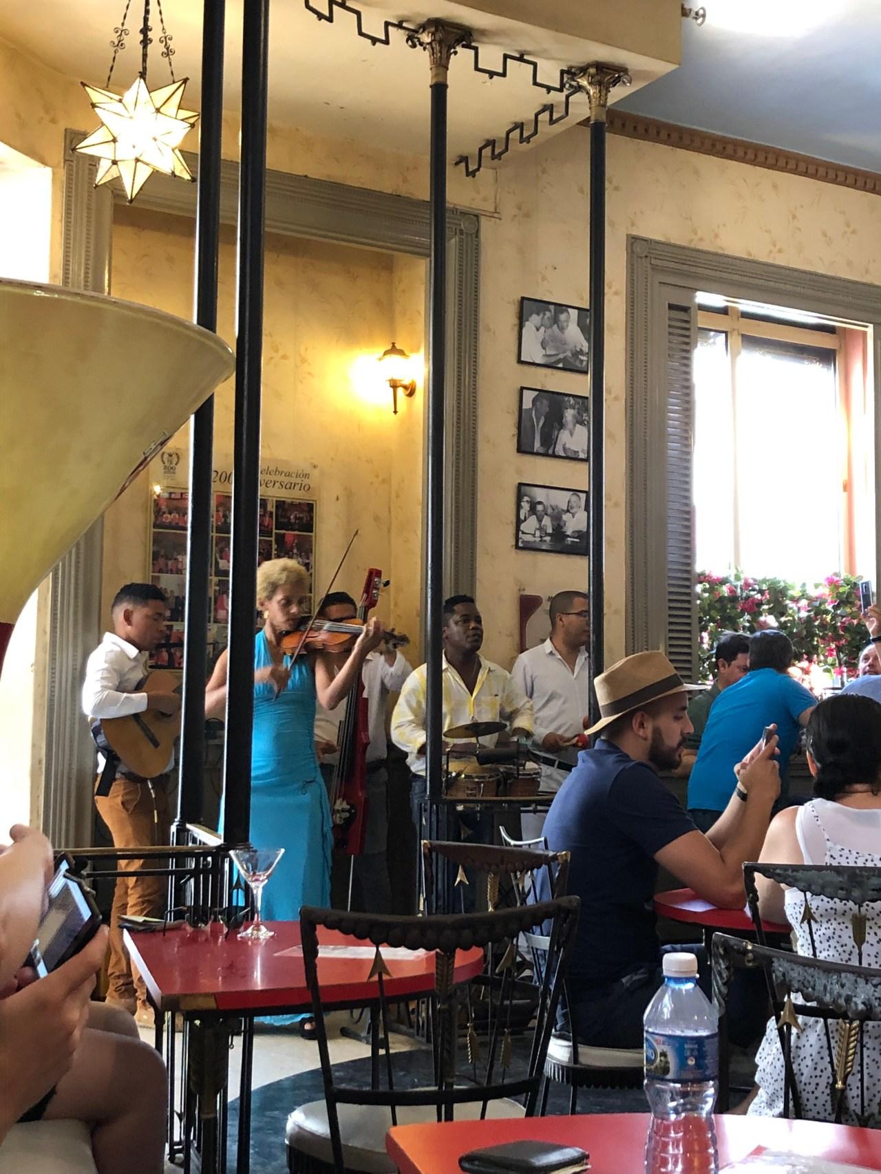 Live music La Floradita