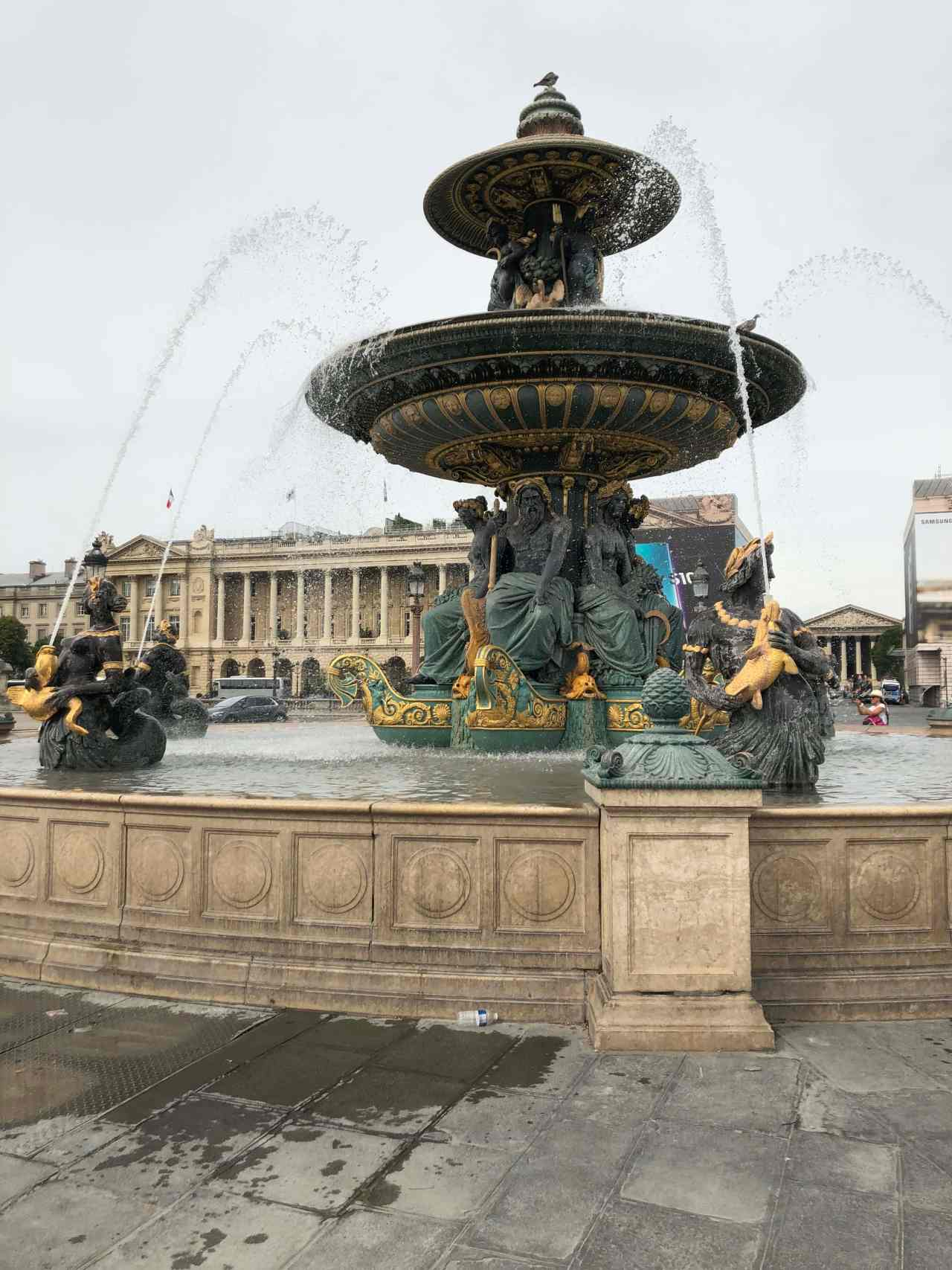 Fountain on the Place de la Concorde