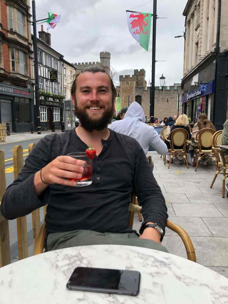 Cocktails in lockdown by cardiff castle
