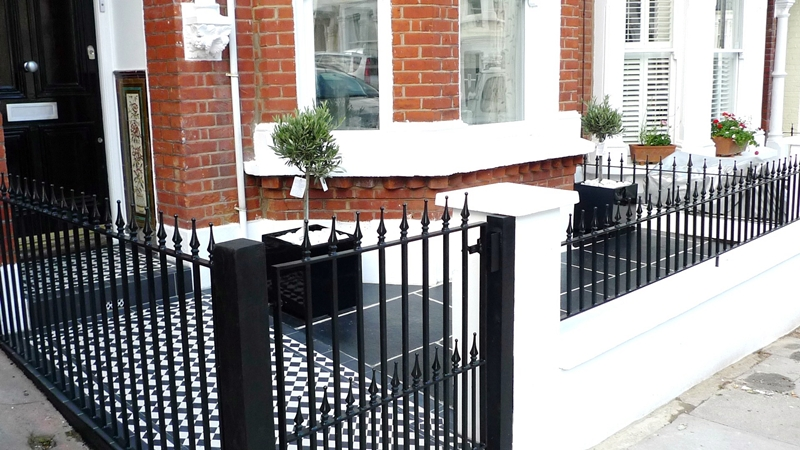 Walls Garden Design With Saunders Construction Essex Builders