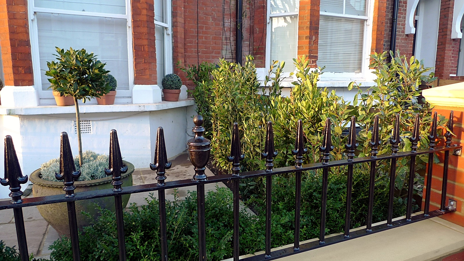 West – London Garden Blog