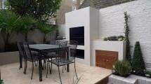 Modern Courtyard Outdoor Fireplace