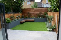 small garden design fake grass low mainteance contempoary ...