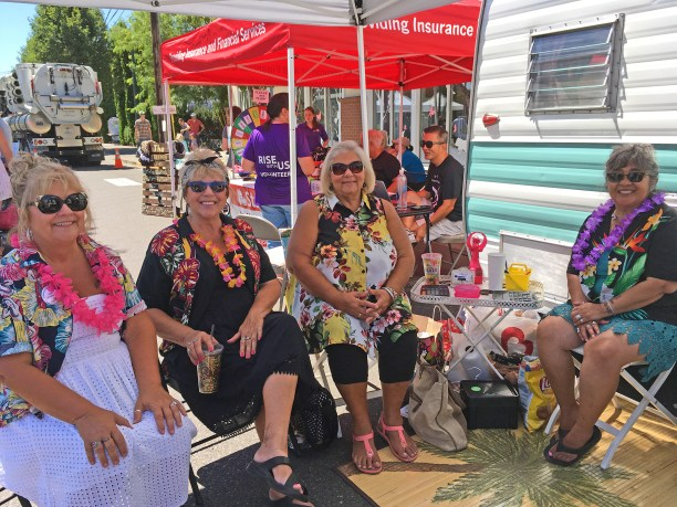 These ladies know how to decorate vintage trailers--and have fun at the same time.