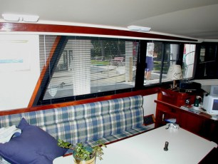 Custom blinds instead of curtains