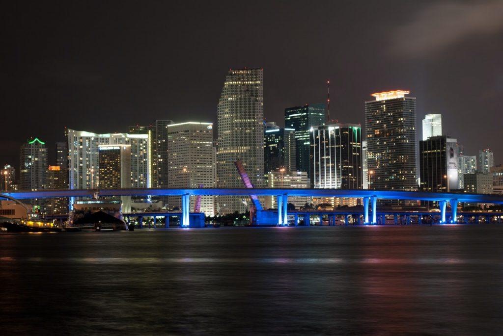 miami-florida-skyline-at-night-2021