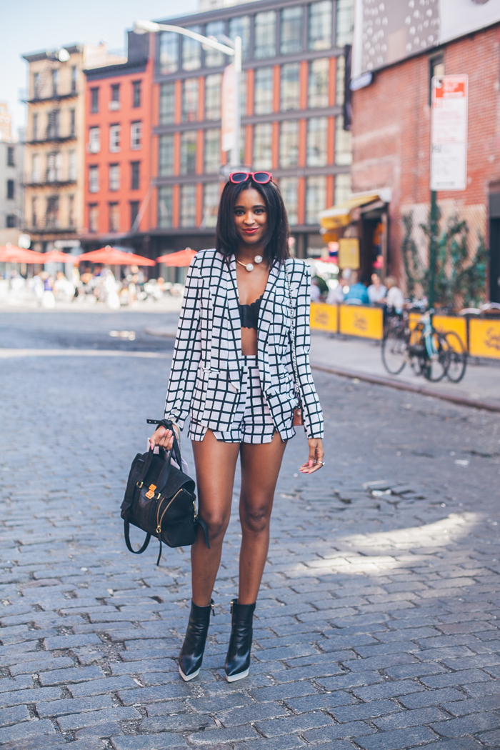 Modern-Monochrome-Emily-Malan-Ria-Michelle-New-York-Fashion-Blogger