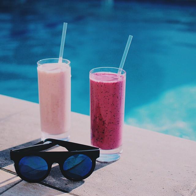 fresh-fruit-smoothies-komono-sunglasses