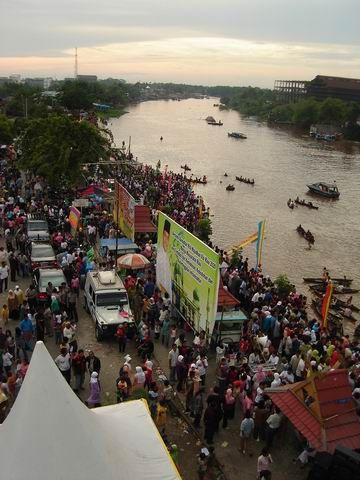 """Tradisi Petang Megang : tradisi, petang, megang, Petang, Megang"""", Sedot, Perhatian, Warga, Pekanbaru, RiauInfo"""