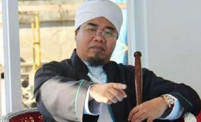 Ketua MUI Sumbar Gusrizal Gazahar