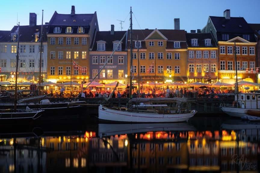 Nyhavn lights - Copenhagen