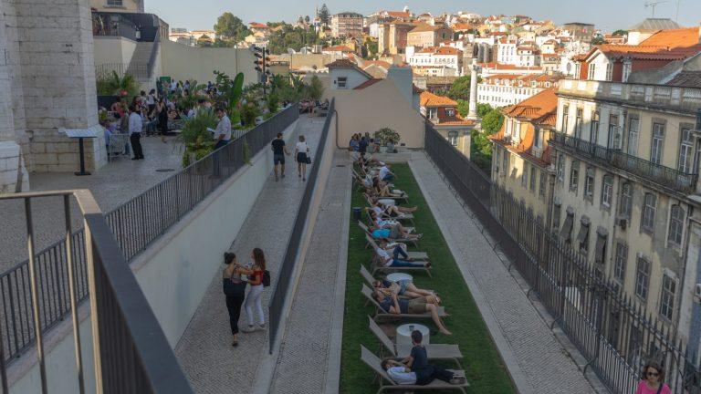 TOPO Chiado daytime - Lisbon Bar