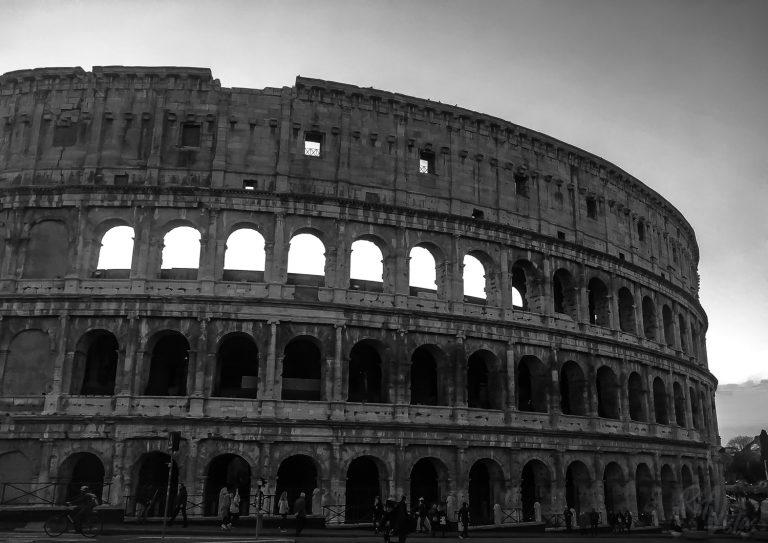 Colosseum Rome - Italy_RiA Vistas