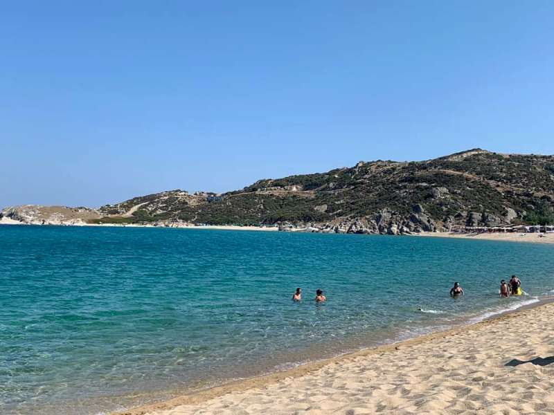 Kriaritisi beach and other cove