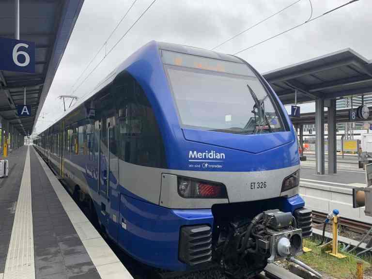 Salzburg Meridian train