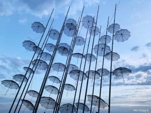 Zongolopoulos Umbrellas_RiA Vistas solo traveller