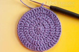 Kreise häkeln - aus ganzen Stäbchen - Runde 4