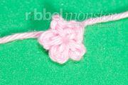 Blumen häkeln winzigste Blüte häkeln Anleitung Häkelanleitung