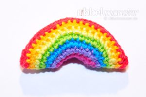 Amigurumi - winzigen Regenbogen häkeln - kostenlose Häkelanleitung