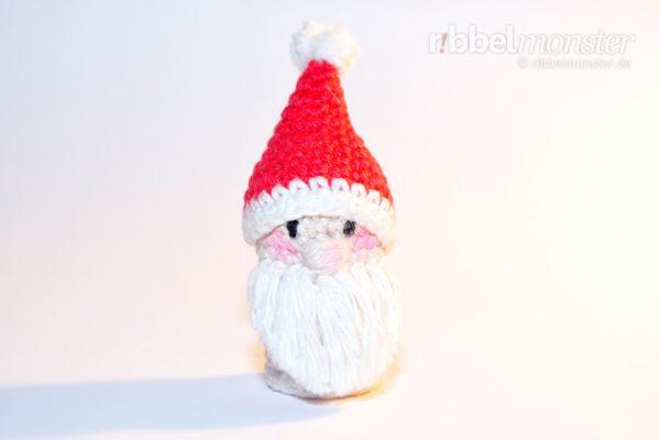 Amigurumi - Weihnachtsmann Fingerpuppe häkeln - gratis Häkelanleitung kostenlos