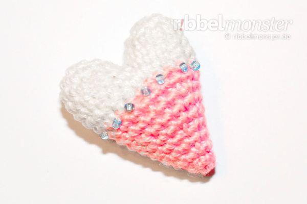 Amigurumi - Kleinstes Tilda Herz häkeln - Häkelanleitung