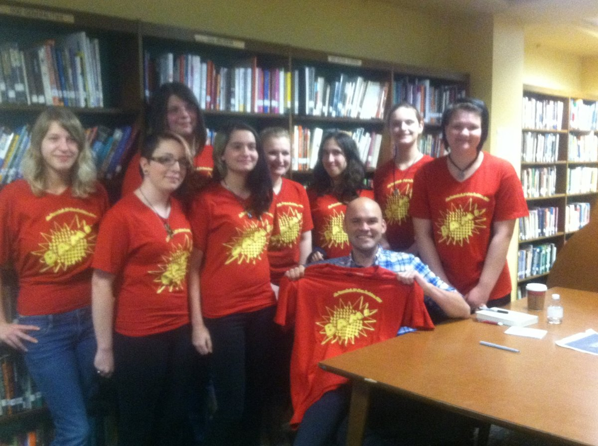 Robin Sloan with Chariho students at Smithfield High School