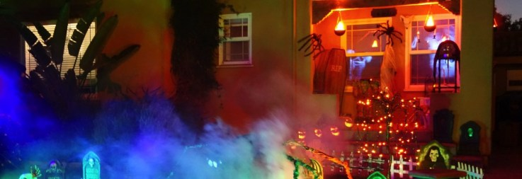 Halloween at Casa Sanchez de la Muerto